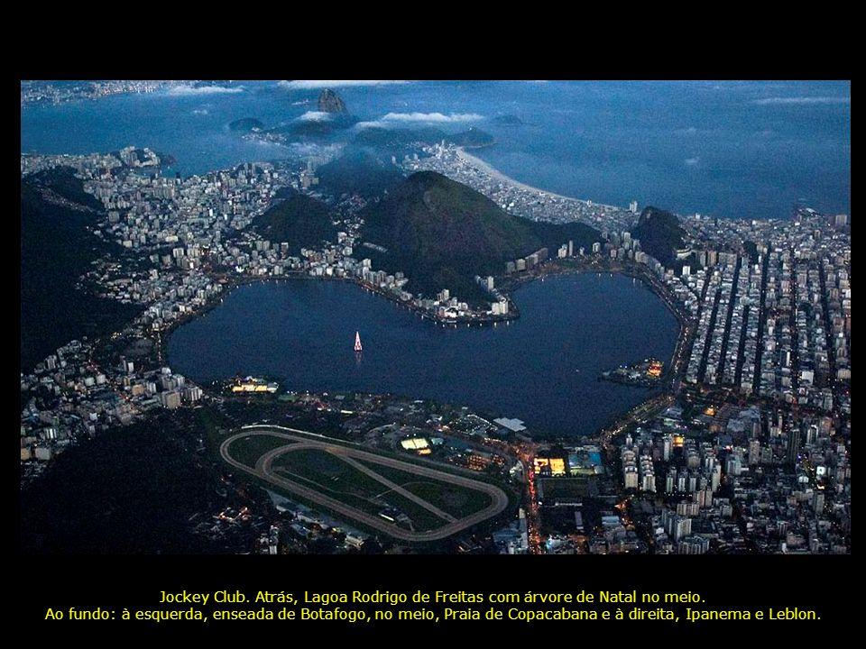 1-Lagoa Rodrigo de Freitas; 2-Jockey Club; 3-Leblon; 4-Ipanema; 5-Copacabana; 6-Enseada de Botafogo; ao fundo, Niterói (7) 1 3 4 5 7 2 6