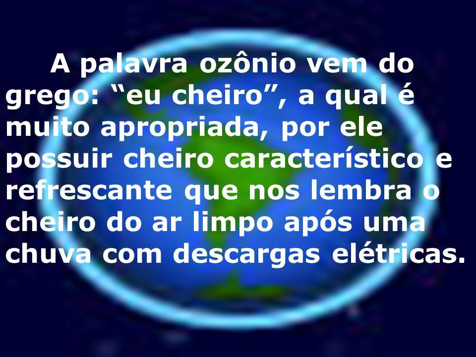 Conseqüências da destruição da camada de ozônio O ciclo natural de destruição de ozônio é essencial a vida na terra.
