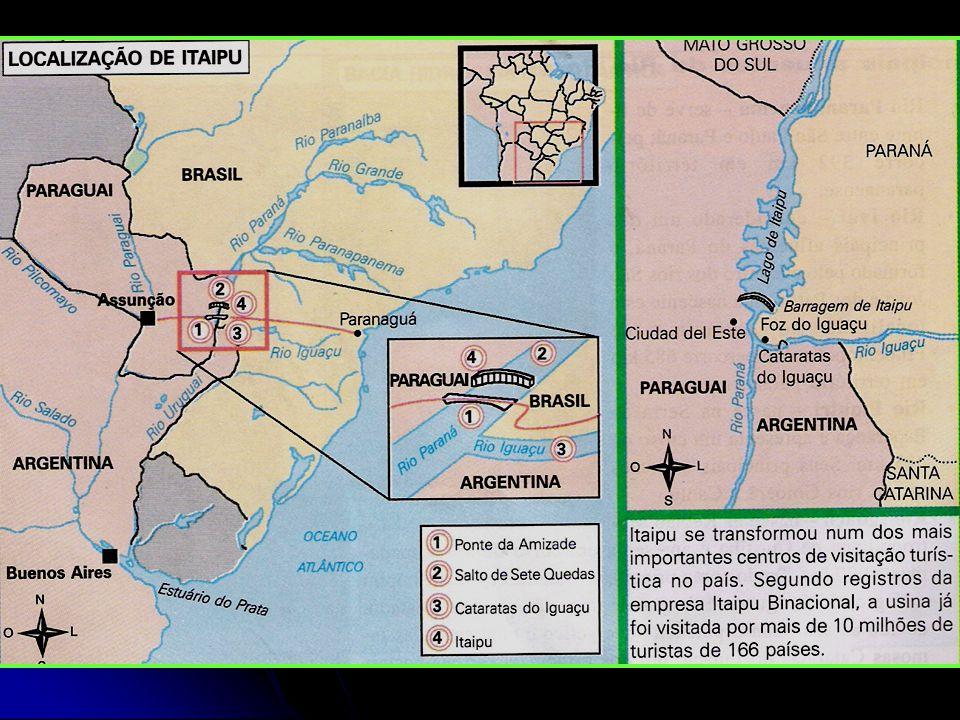 O leito original do Rio Paraná, com as pedras da ilha de Itaipu, local escolhido para a construção da barragem principal.