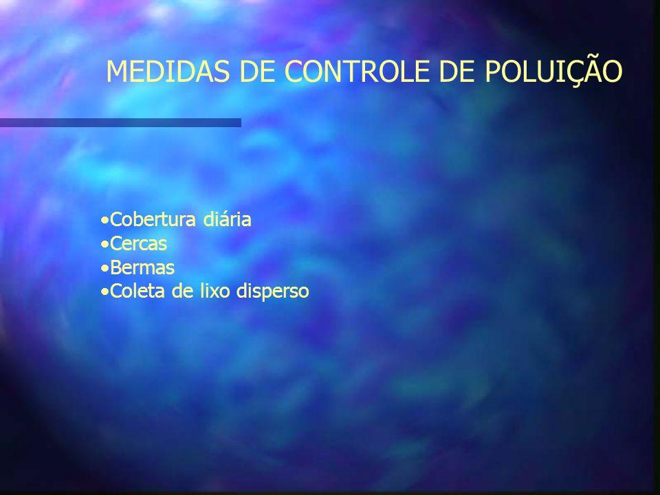 CONTROLE DE POEIRA Controle de poeira com a irrigação dos acessos em tempo seco e de ventos A poeira pode ser controlada com barreiras