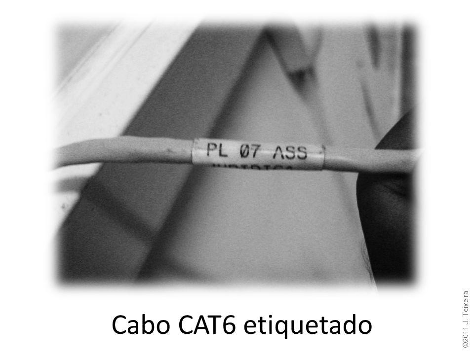Cabo CAT6 etiquetado ©2011 J. Teixeira