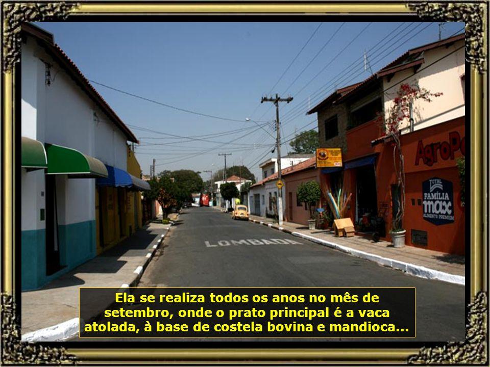 E vamos para o Distrito de Ártemis, que possui 6.500 moradores, onde acontece a Festa da Mandioca...