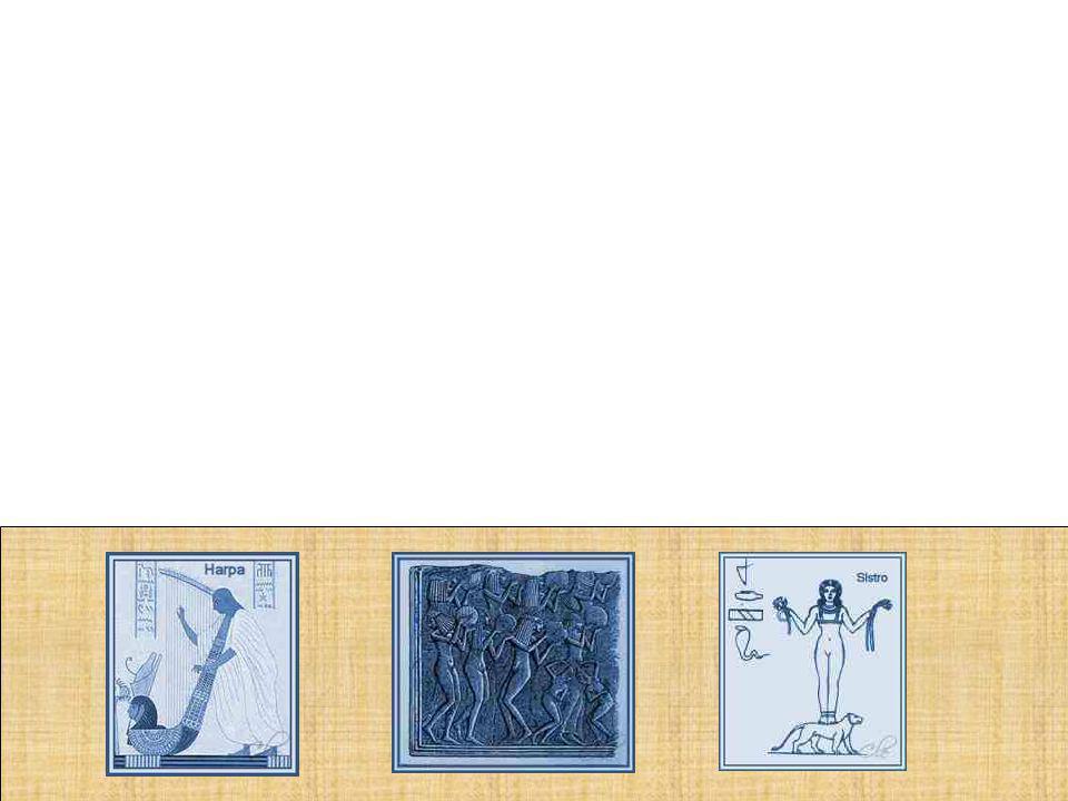 Sendo que os idiofones incluíam: Sinos, címbalos,um tipo de castanholas e sinetes, eram associados a rituais religiosos.