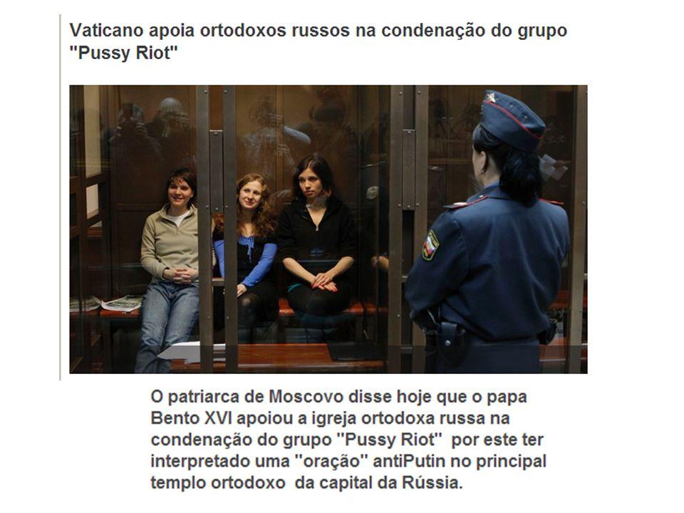 O vídeo mostra a performance de quatro jovens dentro da Catedral do Cristo Salvador, em Moscou, em 21 de fevereiro deste ano.