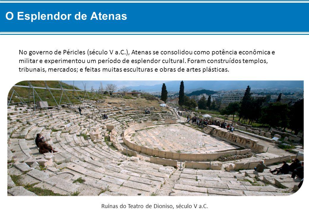No governo de Péricles (século V a.C.), Atenas se consolidou como potência econômica e militar e experimentou um período de esplendor cultural.