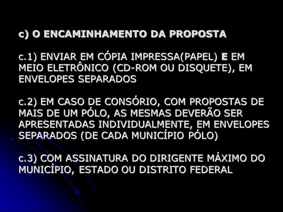 EXEMPLO DE PÓLO DE APOIO PRESENCIAL PARA CURSOS A DISTÂNCIA INFRA-ESTRUTURA FÍSICA BÁSICA -LABORATÓRIO DE INFORMÁTICA ( 1 COMPUTADOR PARA CADA 2 ALUNOS) -SALA DA COORDENAÇÃO DO PÓLO -SALA PARA A SECRETARIA ACADÊMICA -SALA PARA TUTORES PRESENCIAIS (ATENDIMENTO DOS ALUNOS) DOS ALUNOS) -SALA DE PROFESSORES E REUNIÕES