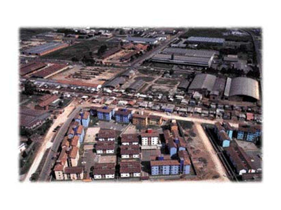 O Plano Diretor Municipal o plano diretor como elemento inicial da política municipal de desenvolvimento urbano aspectos sociais: –garantir a democratização do acesso à terra urbana.