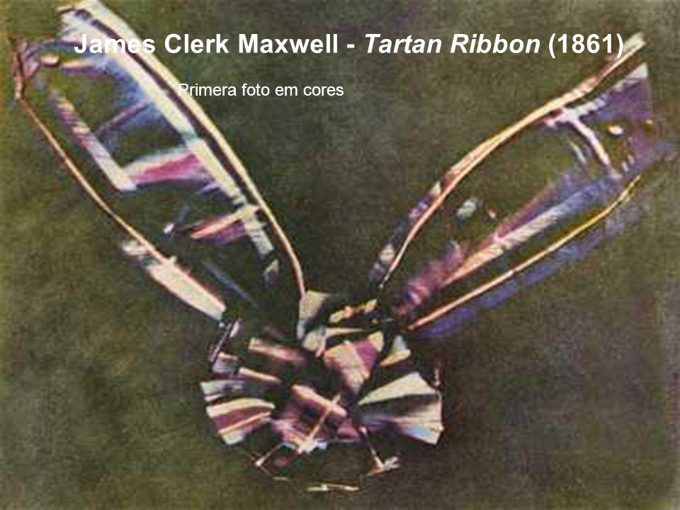 James Clerk Maxwell - Tartan Ribbon (1861) Primera foto em cores