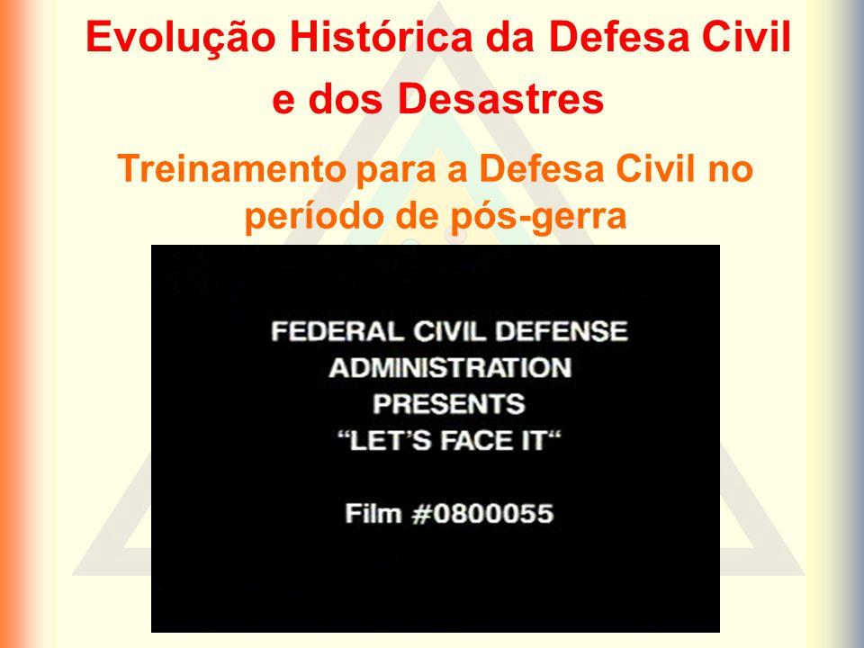 Treinamento para a Defesa Civil no período de pós-gerra