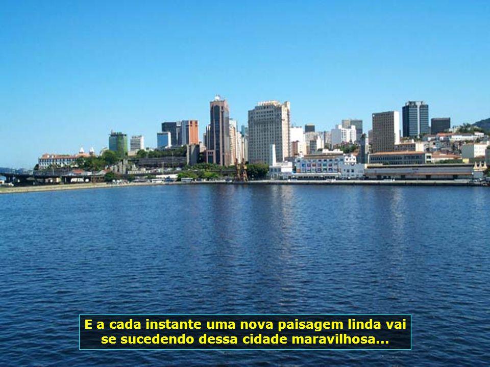E logo avistamos a Ponte Rio-Niterói, com toda sua majestade, imponente e bonita...