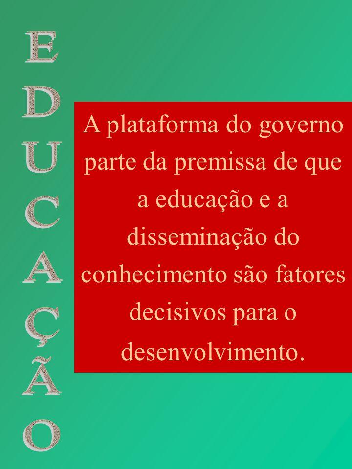 Medidas e fatores que mudaram o perfil da educação pública em Minas: municipalização do ensino fundamental; redução do número de escolas através do processo de nucleação; redução do número de turmas;