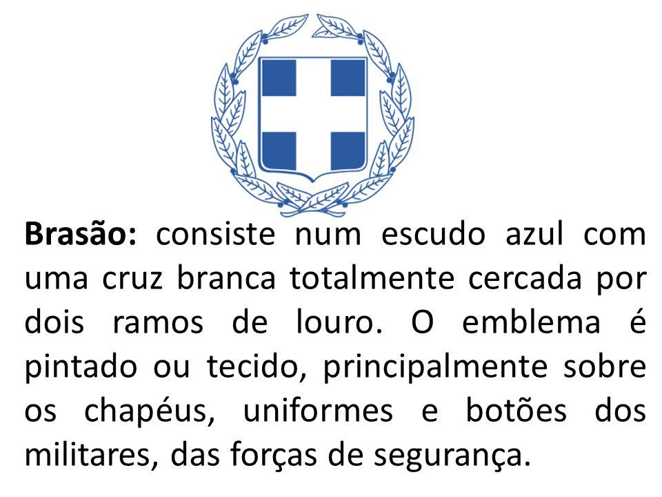 Brasão: consiste num escudo azul com uma cruz branca totalmente cercada por dois ramos de louro. O emblema é pintado ou tecido, principalmente sobre o