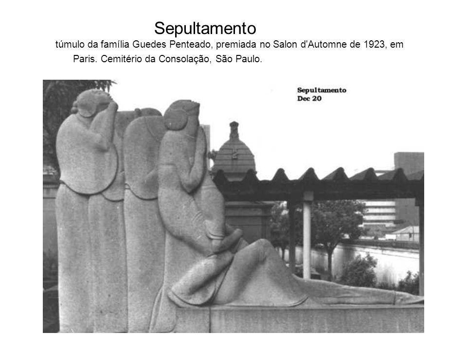 Sepultamento túmulo da família Guedes Penteado, premiada no Salon d'Automne de 1923, em Paris. Cemitério da Consolação, São Paulo.