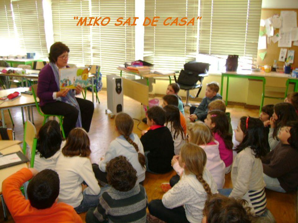 MIKO SAI DE CASA