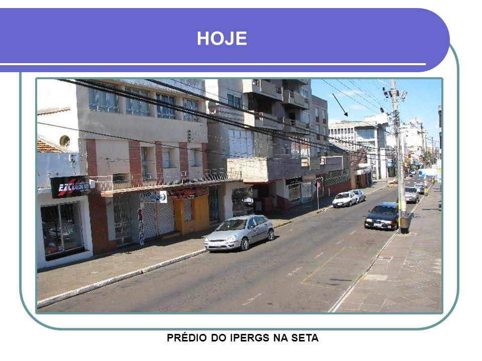 RUA DO COMMERCIO COMEMORAÇÃO FESTIVA NO FINAL DO SÉCULO XIX CIPRESTE DOS MIRANDA