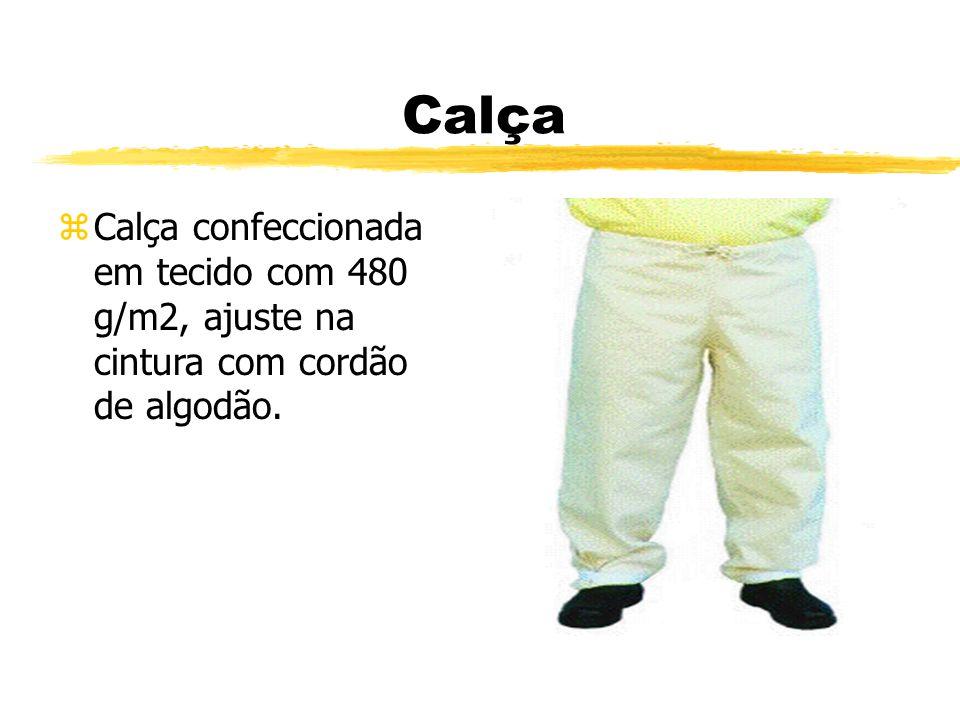 Calça zCalça confeccionada em tecido com 480 g/m2, ajuste na cintura com cordão de algodão.