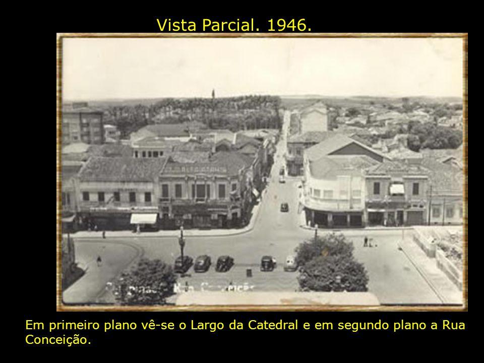 Praça José Bonifácio e Rua Conceição. 1928. A Praça José Bonifácio localiza-se no Convívio e também éconhecida popularmente como Largo da Catedral.