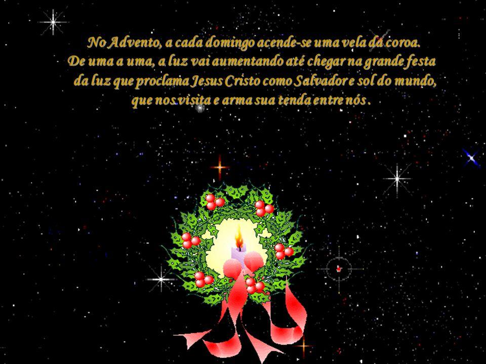 Entre os símbolos do ciclo de Natal temos a Coroa do Advento que contém uma linguagem de silêncio, mas que nos fala forte através do círculo, da luz,