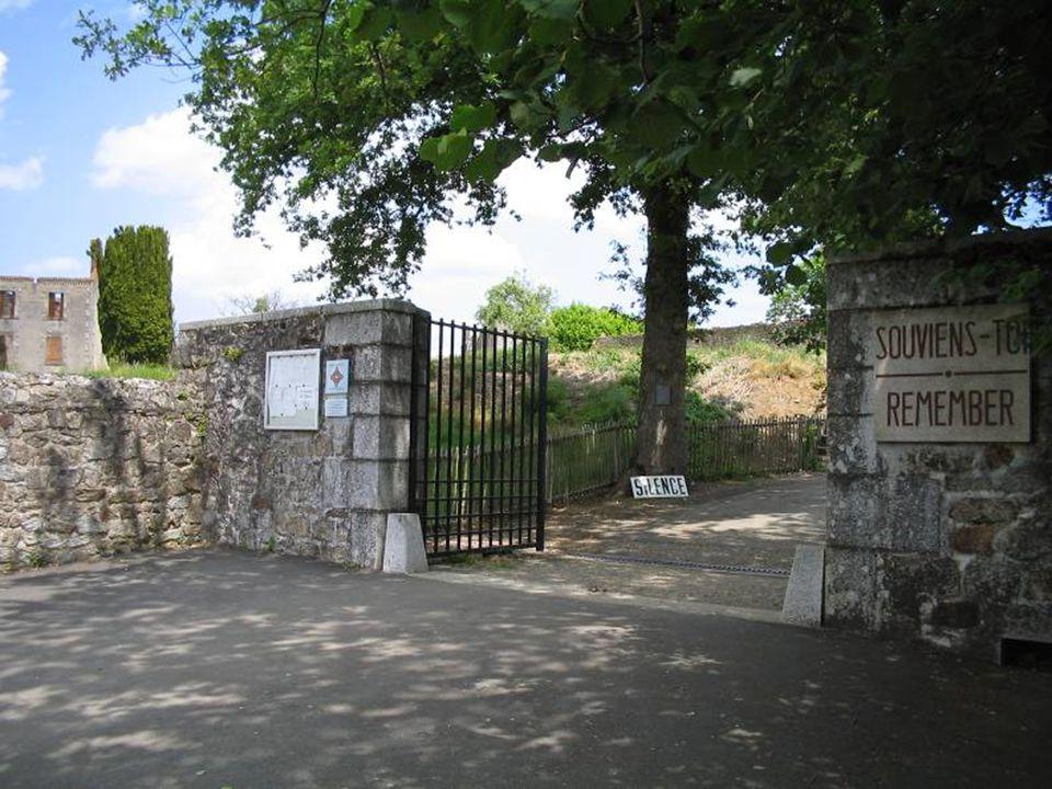 Depois da guerra, o general de Gaulle decidiu que a aldeia não fosse reconstruída, mas que se tornasse em memorial à dôr da França durante a ocupação.