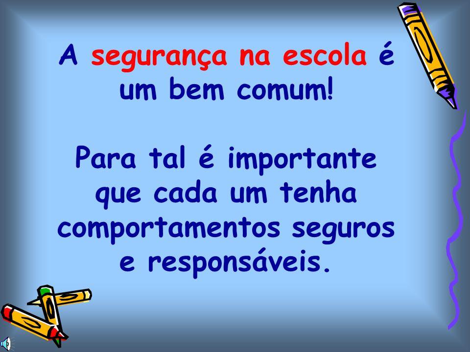 NO LOCAL DE REUNIÃO Campo de jogos (nunca utilizar as bancadas) Os professores devem:. reunir os alunos por turma e contá-los;. detectar todos os alun