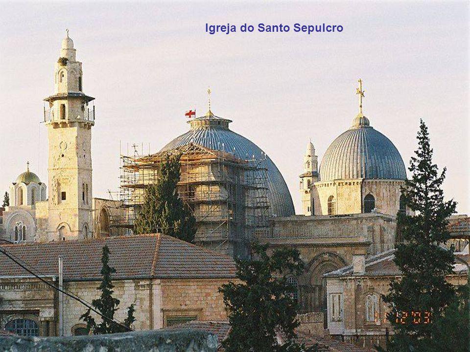 Torre de David ( perto da Porta de Jaffa ) é o que resta das três torres feitas por Herodes