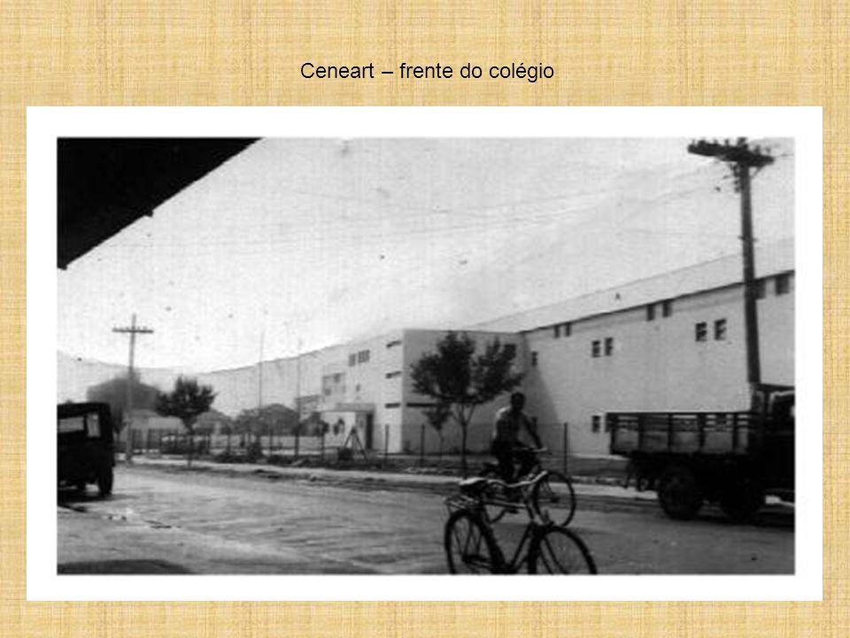 Aqui o Colégio Antonio Raposo Tavares – Ceneart – Onde estudei e guardo lindas lembranças.