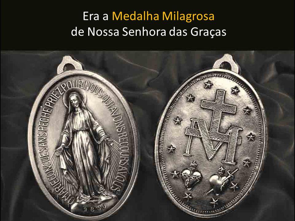 Mas que Medalha era essa Que continha uma promessa tão forte feita pela própria Virgem Maria