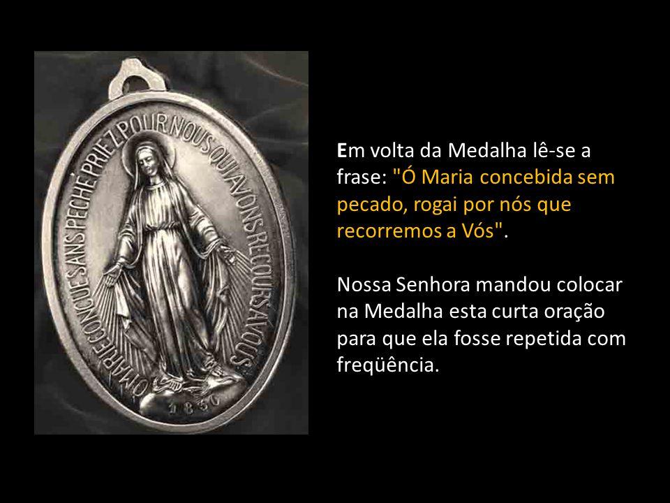 A data de 1830 marca o ano das aparições de Nossa Senhora nas quais Ela revelou a Medalha a Santa Catarina Labouré.