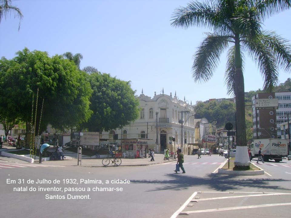 Por ordem do então Presidente Getúlio Vargas, após a morte de Alberto Santos Dumont, seu atestado de óbito foi adulterado e foi escondido do público d