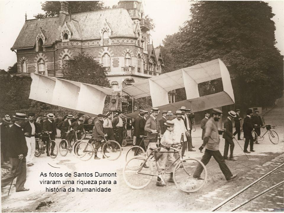 A E M O Ç Ã O É raro notícias de outro cientista fazendo suas pesquisas no meio do público. Santos Dumont demonstrava emoção com o que fazia e registr