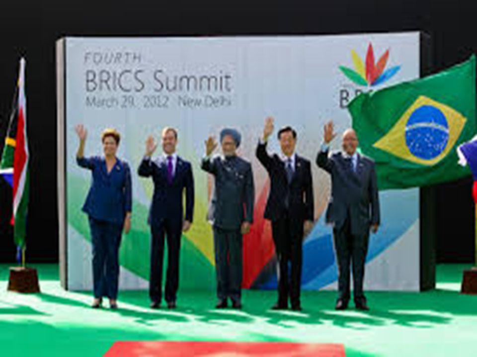 O termo BRIC foi criado em 2001 pelo economista inglês Jim O Neill para fazer referência a quatro países Brasil, Rússia, Índia e China, considerados como grandes emergentes econômicos.BrasilRússiaÍndiaChina Em abril de 2011, foi adiciona a letra S em referência a entrada da África do Sul (em inglês South Africa).