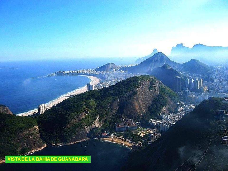 CENTRO DE RIO DE JANEIRO DE NOCHE
