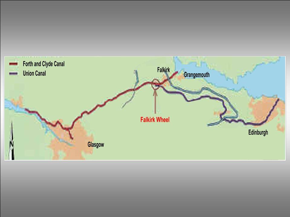 Inicialmente existiam 2 canais: - o Canal Forth and Clyde construído em 1777 entre os portos de Grangemouth e Falkirk, ligando Glasgow com a costa ocidental da Escócia.