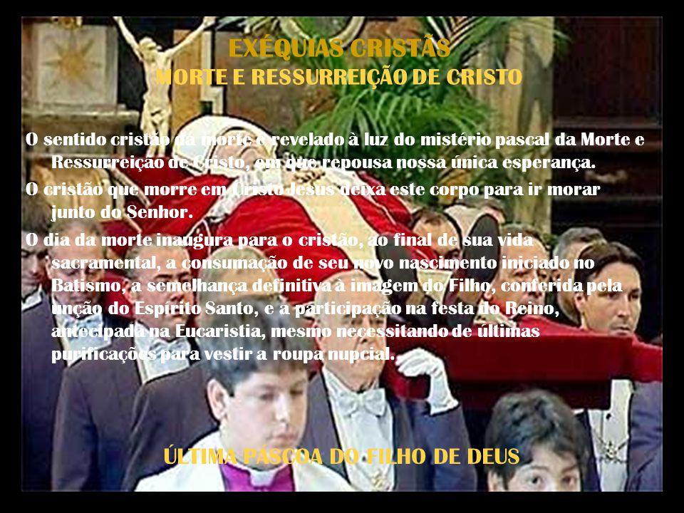 EXÉQUIAS CRISTÃS RITO O Ordo exsequiarum da liturgia romana propõe três tipos de celebração dos funerais, correspondendo aos três lugares onde acontece (a casa, a igreja, o cemitério) e segundo a importância que a ele atribuem a família, os costumes locais, a cultura e a piedade popular.