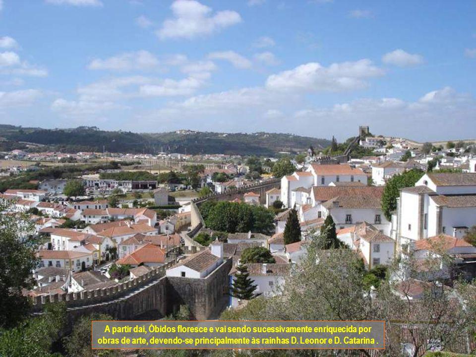 O ano de 1210 é uma data muito marcante para Óbidos. Nesse ano a vila é doada às rainhas passando a figurar como uma importante localidade para a casa