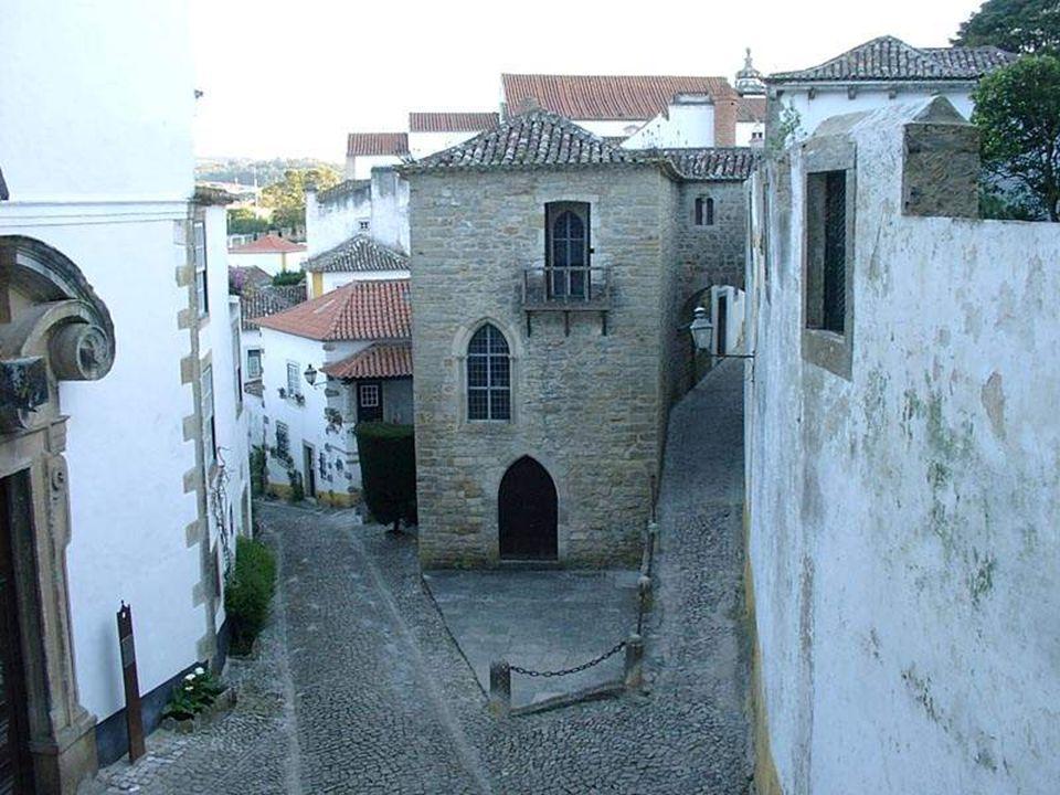 Sinagoga de Óbidos situada na antiga judiaria terá sido o templo de oração hebraica.