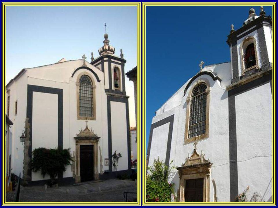 Igreja de São Pedro. A sua fundação é medieval. Depois de ter sofrido várias reedificações, actualmente, apenas conserva vestígios do antigo portal gó