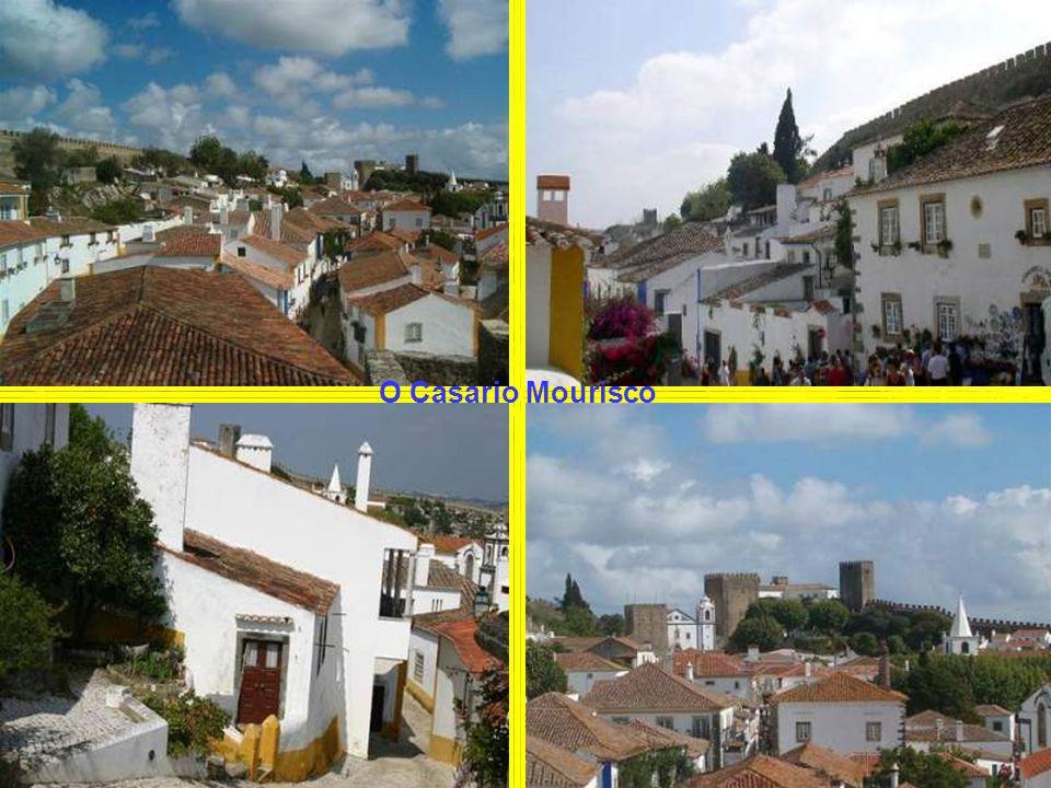 A Vila de Óbidos é conquistada por D. Afonso Henriques aos Mouros no século XII (Ano 1147). No entanto mantém-se por parte dos muçulmanos, uma tenaz r