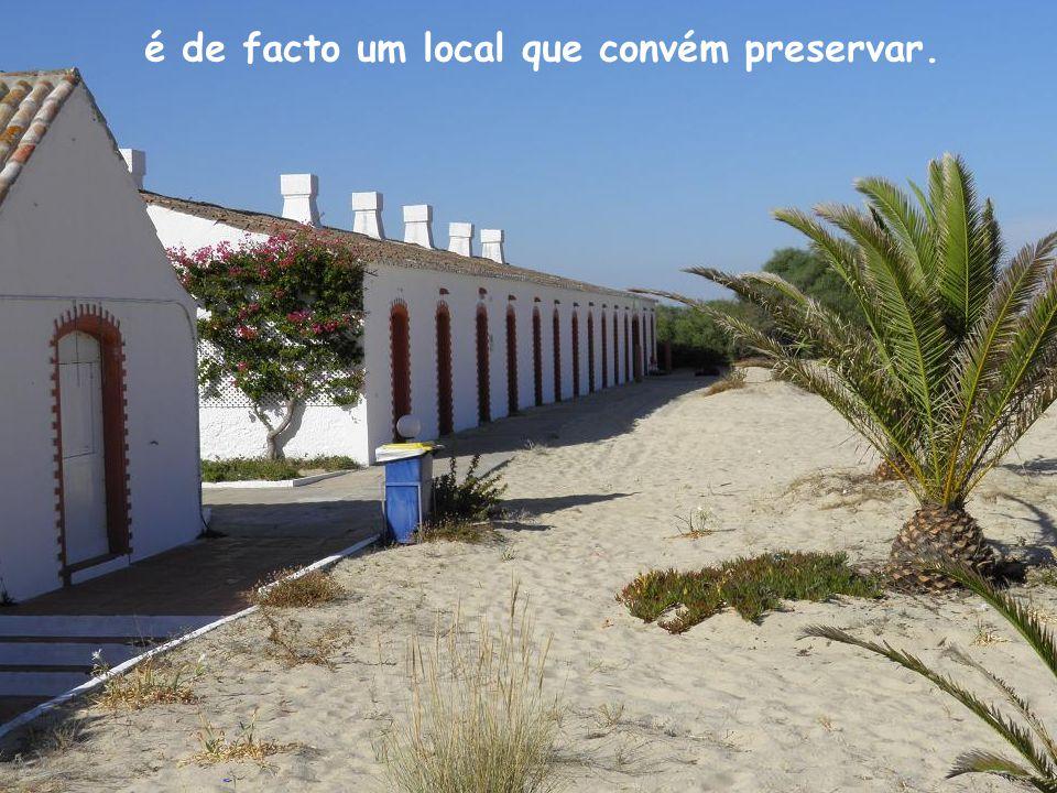 A Praia do Barril, é uma das praias mais bonitas do Sotavento Algarvio,