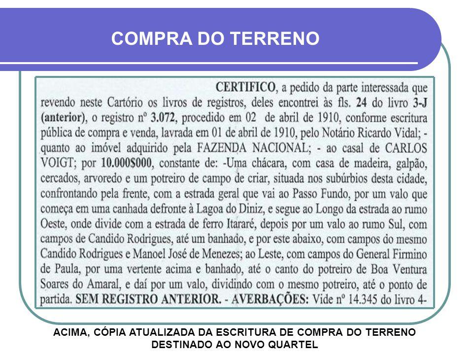 O RECORTE ACIMA MOSTRA QUE, EM 1910, FOI PUBLICADO NO JORNAL CORREIO DO POVO O EDITAL PARA A CONSTRUÇÃO DO NOVO QUARTEL INSTALAÇÃO EM CRUZ ALTA