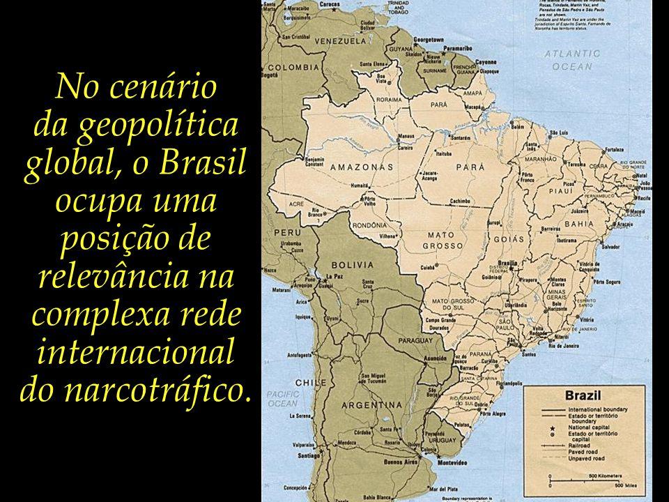 Grande parte da cocaína produzida nos países andinos atravessa as fronteiras rumo ao território brasileiro, seja para envio posterior à Europa e América do Norte, seja para distribuição no mercado nacional brasileiro.