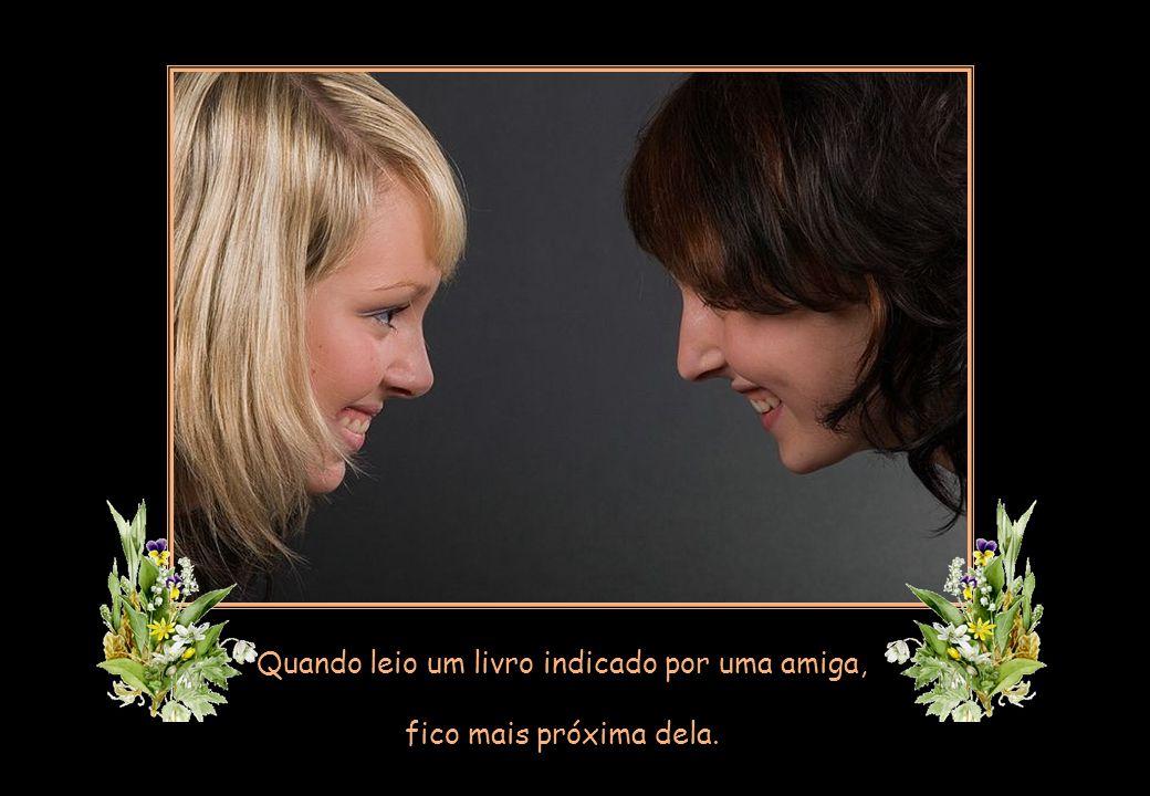 Nem se discute que o encontro é sagrado. Mas é possível estar ao lado de quem a gente gosta por outros meios.