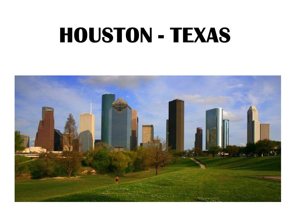 Houston, Texas Estados Unidos Porto Alegre, RS Brasil Houston, a cidade onde eu moro, se econtra no sul dos Estados Unidos.