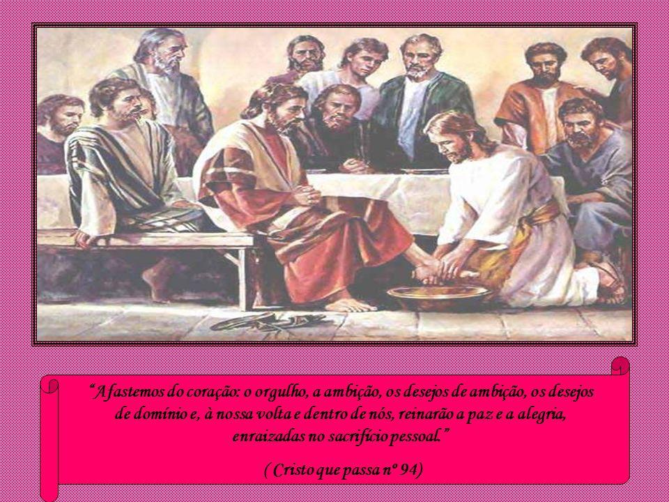 Sendo Ele de condição divina, não se prevaleceu de sua igualdade com Deus, mas aniquilou-se a si mesmo, assumindo a condição de escravo e assemelhando