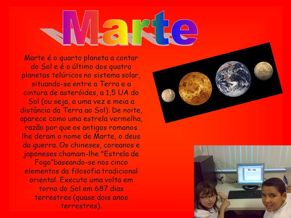 Marte é o quarto planeta a contar do Sol e é o último dos quatro planetas telúricos no sistema solar, situando-se entre a Terra e a cintura de asterói
