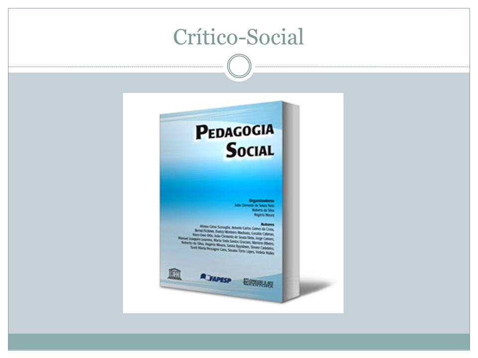 A Pedagogia Social se propõe a fazer a ponte entre os processos de ensino-aprendizagem e a dimensão sociopedagógica.
