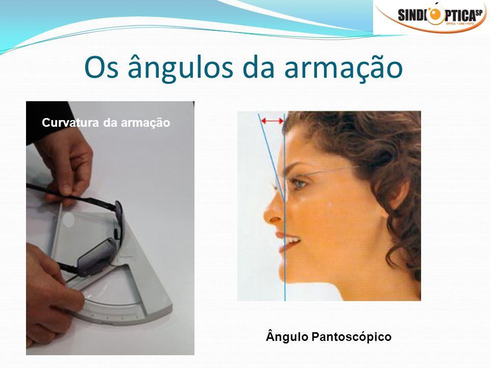 Posição como em uso Medida do Lensometro Linha de visão Lente entrega -4,32 esf -1,09 cil x 90° e um prisma de 0,61 Base Temporal Laboratório surfaçou -4,00 esf Borda Nasal Ponto convencional de verificação Medida do Lensometro Linha de visão Laboratório surfaçou -3,22 esf -0,57 cil x 180° com 0,49 de prisma base nasal Lente entrega -4,00 esf na posição como em uso Borda Nasal Ponto convencional de verificação