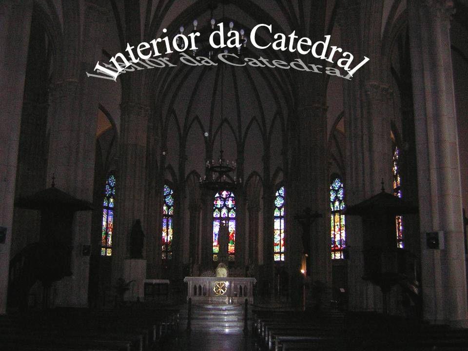.É dedicada a São Pedro de Alcântara, padroeiro da cidade e da Monarquia Brasileira