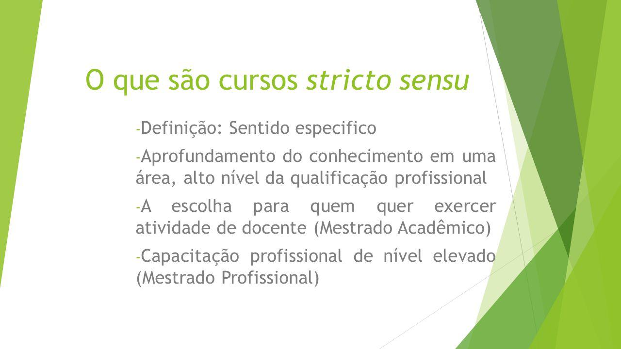 CNPq O CNPq concede bolsas para a formação de recursos humanos no campo da pesquisa científica e tecnológica, em universidades, institutos de pesquisa, centros tecnológicos e de formação profissional, tanto no Brasil como no exterior.