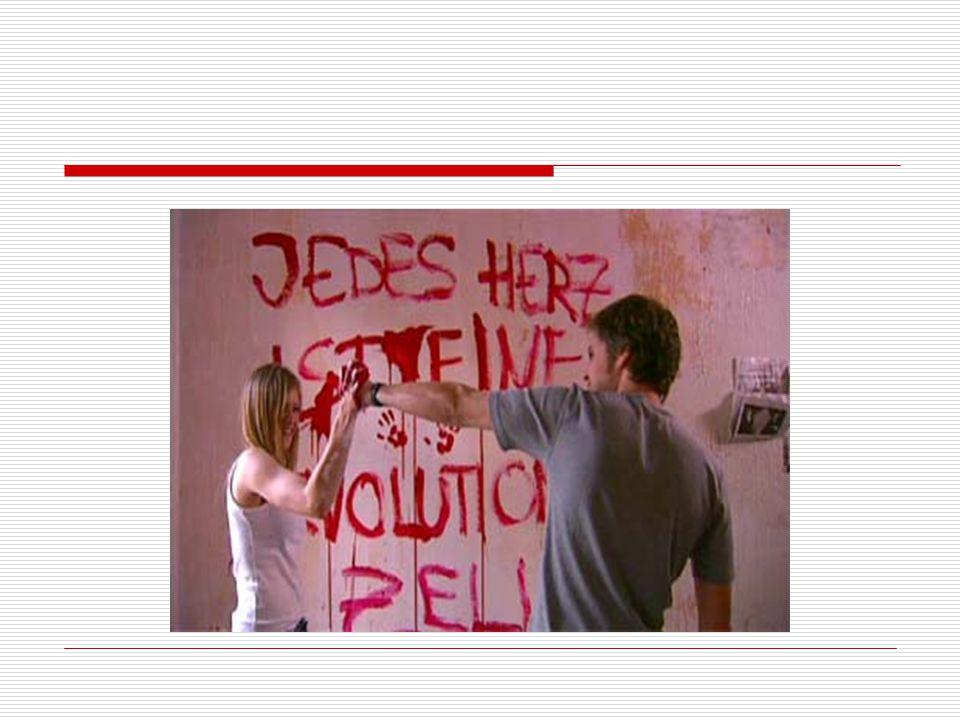 OS JOVENS Jules (Julia Jentish) é uma garota de aparência frágil e rosto doce.